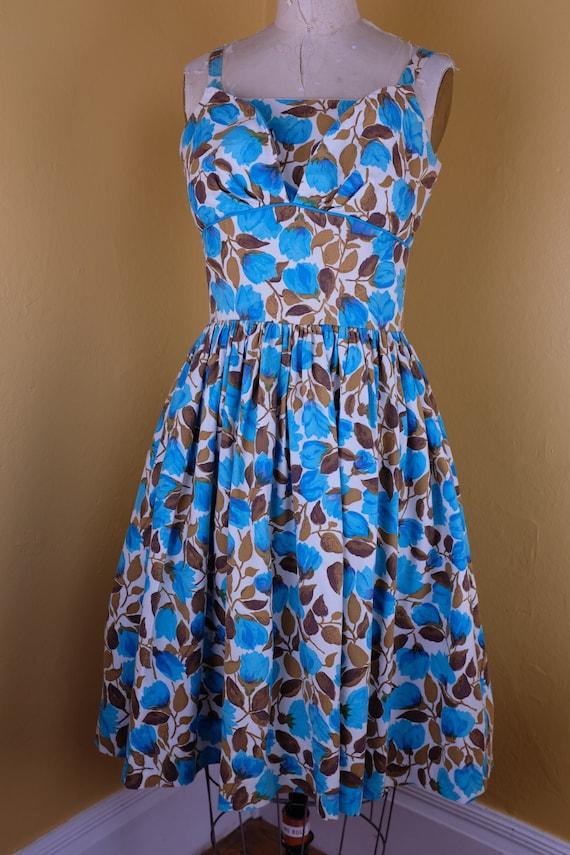 Beautiful 1950s Cotton Pique Floral Dress