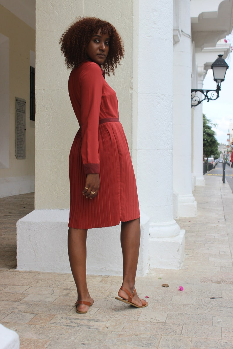 Ruby Red /'50s Button Down Pleated Dress
