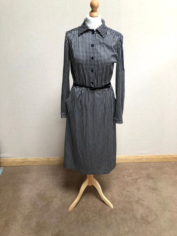 Great Vintage Dog Tooth Dress by 'Marisa' at Kitty
