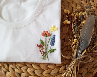 """DIY embroidery set """"Flower bouquet"""" for your hand-embroidered organic cotton T-shirt"""