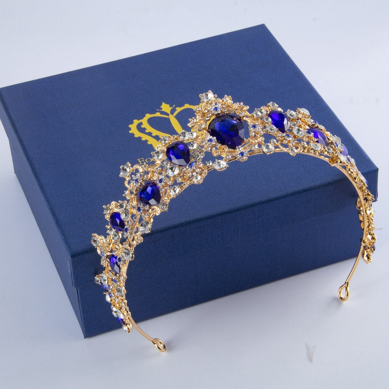 Baroque Vintage Crystal Crown,Tiaras and Crown for Women,Princess Rhinestone Crown,Perfect Gift Packaging for BirhtdayWeddingPromPageant