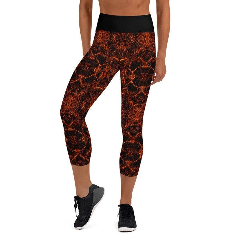 Yoga pants for women Red and Black Lava Geometric Yoga Capri Leggings short leggings for her