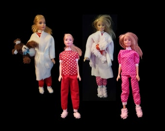 Pajamas, bathrobe, socks and teddy bear for Barbie