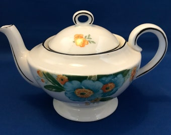 CZECHOSKLAVATIA TEAPOT Guess at 1930s with design and shape + 18cm wide(handle to spout) x 12cm high + Pristine condition