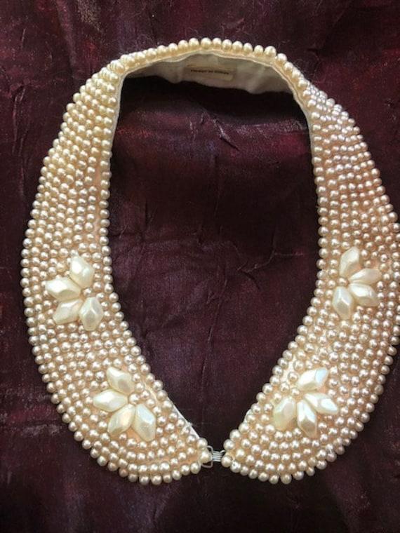 Vintage faux pearl detachable collar