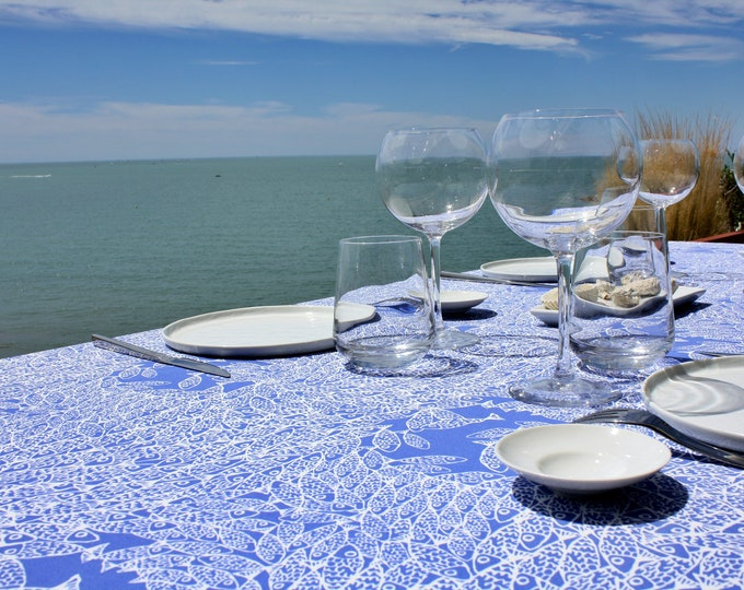 Nappe - 100 % coton - motifs poissons - bleu Majorelle - Grand Travers