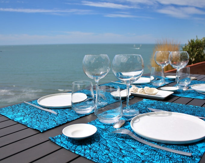Set de table - 100 % coton - motifs poissons - bleu Atoll - Grand Travers - La Grande Motte - Occitanie - Made in France