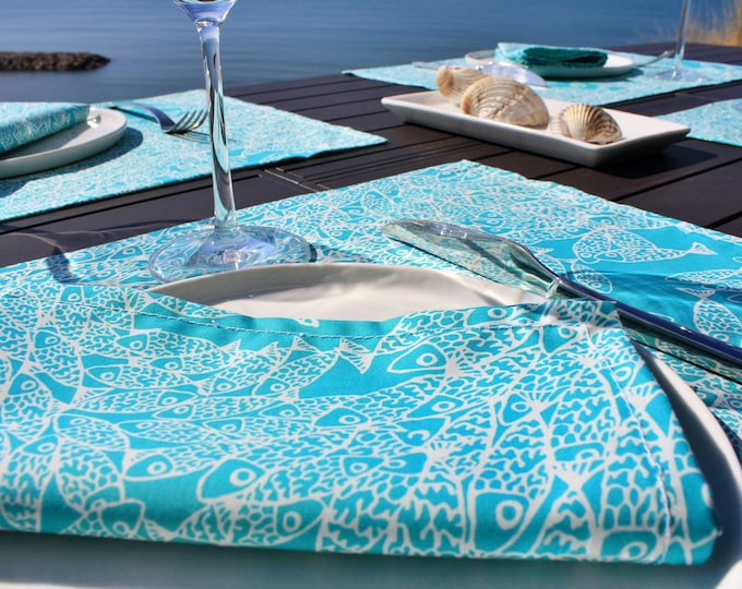 Serviette de table - 100 % coton - motifs poissons - vert Turquoise - Grand Travers - La Grande Motte - Occitanie - Made in France