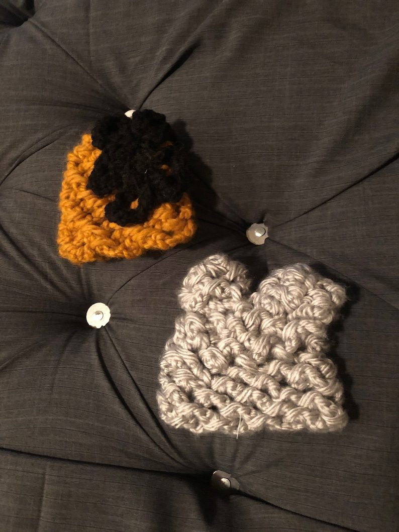 Knitted baby hats!