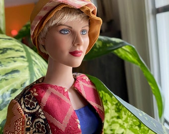 """16"""" The Artist Robert Tonner Plays Homage To Doll Artist Helen Kish With This 16"""" Fashion Doll With COA Signed by Helen Kish & Robert Tonner"""
