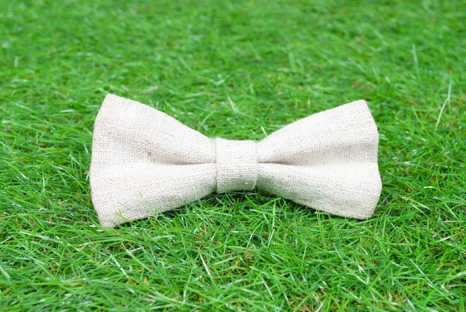 Dog bow tie made from hemp fabric