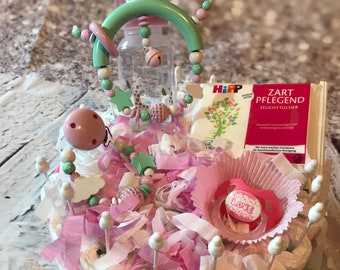 Gr/ö/ße M Windelkuchen mit original Pampers/® Soulstice/® Handgemachte Windeltorte in Pink f/ür M/ädchen Baby-Geschenk f/ür Baby-Party oder Geburt