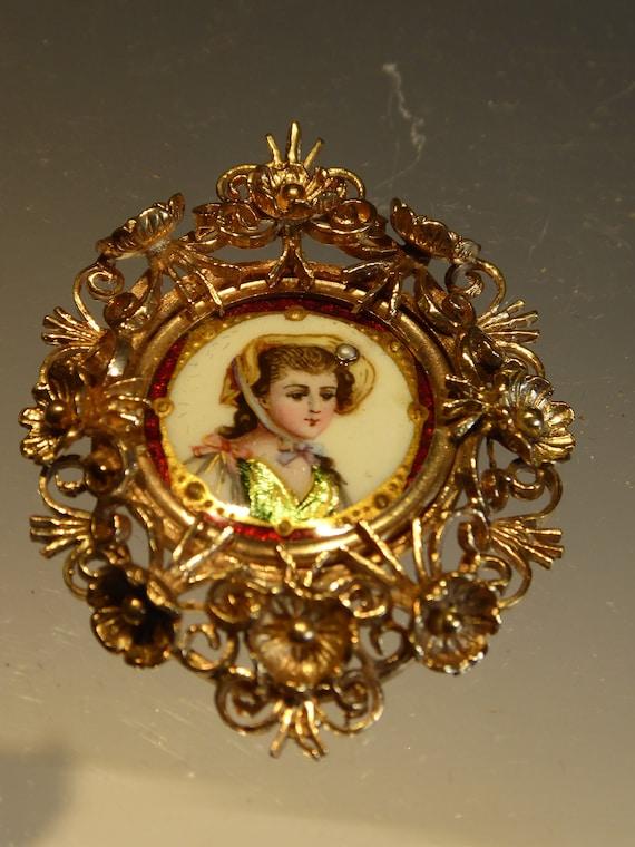 Antique 9k Gold Enamel Portrait Pendant