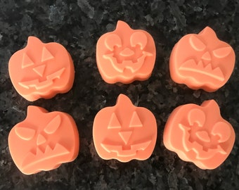 Pumpkins Soaps in Pumpkin Patch Scent (set of 3)