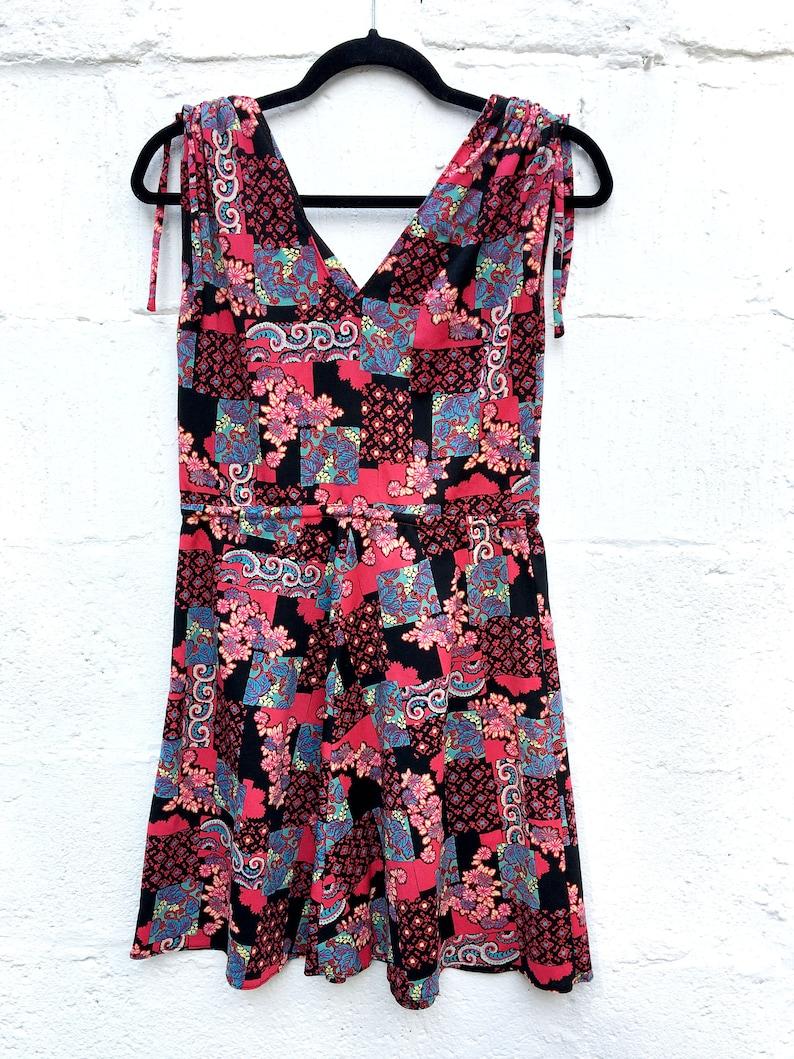 Vintage 70s psychedelic patchwork floral tile print mini skater dress drawstring sleeve  XS S uk 8 10