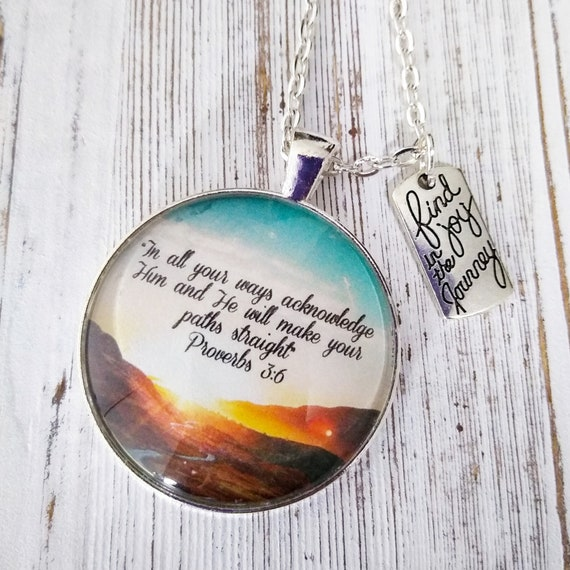 """Bible Proverbs 3:5-6 Handcrafted 1/"""" Glass Pendant Charm Religious Jewelry"""
