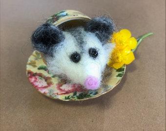 Smoky Mountain Animals: Opossum magnet, Ornament