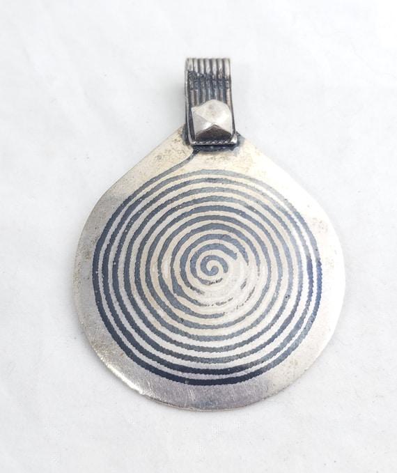 Moroccan Berber Enamel spiral pendant sterling sil