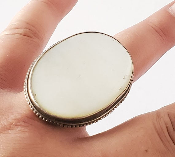 Vintage Large Oval Mother of Pearl Ring Sterling S