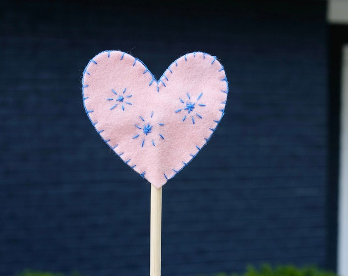 heart felt wand | pretend play | princess | fairy | magic wand | 100% wool felt | natural toy