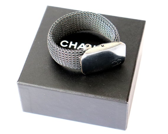 Authentic CHANEL Bracelet 99 C P | Vintage Chanel