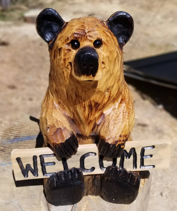 """15"""" Chainsaw Carved Bear Holding Reversible Welcome Sign"""