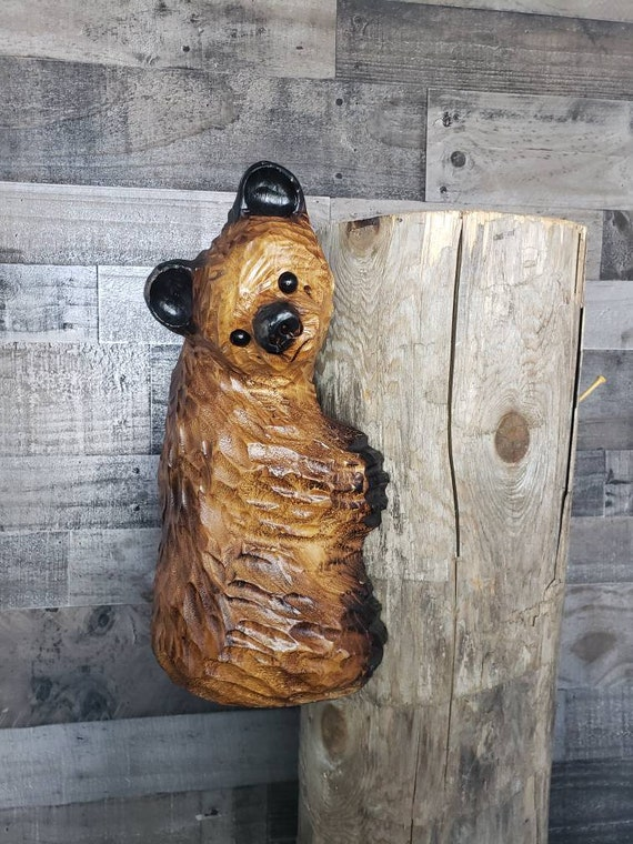 Chainsaw Carved Climbing Bear for Post, Corner or Tree