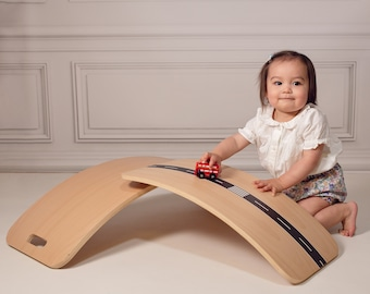 Little Arc Curvy Board Waldorf Board Montessori Board Curved Balance Board Wobble Natural Wood
