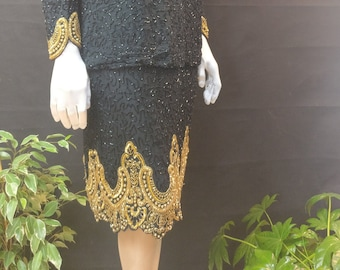 Beautiful Kazar Piece in a size 16-18 immaculate condition