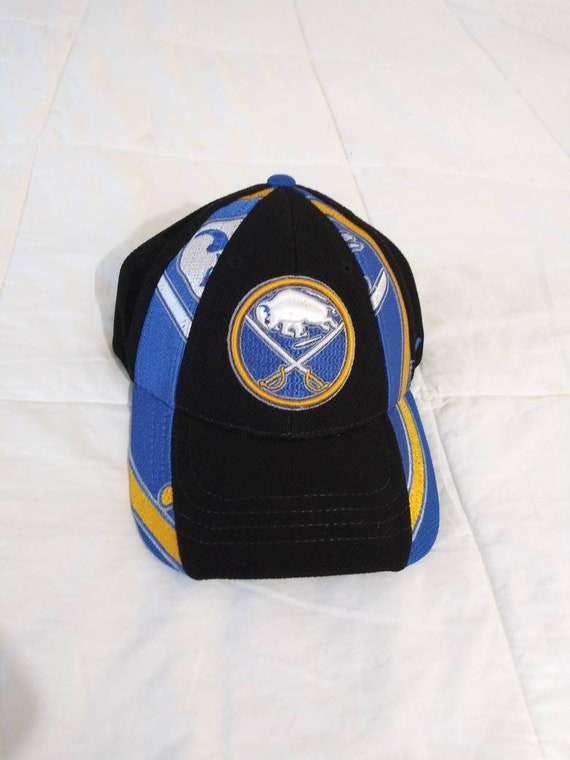 NWT Vintage Buffalo Sabres Fitted Hat