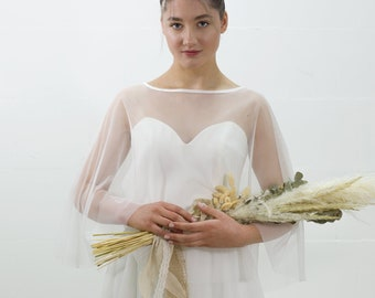 Airy lightweight cape / soft tulle cape for the bride – Model Rome