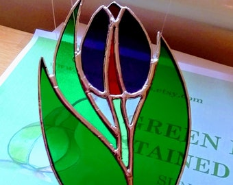 Single Tulip flower/ Valentines Flower Gift/ Mothers Day Tulip Gift/ Gift for Her stained glass suncatcher
