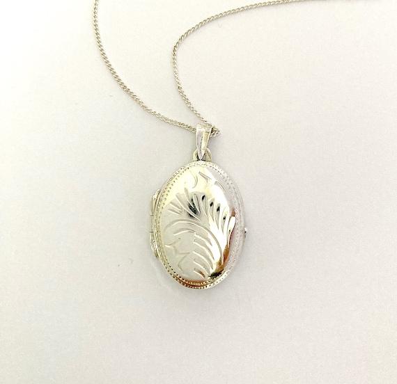 Small vintage silver locket, little silver locket,