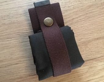 Bushcraft Dump pouch waxed canvas roll up pouch foraging pouch