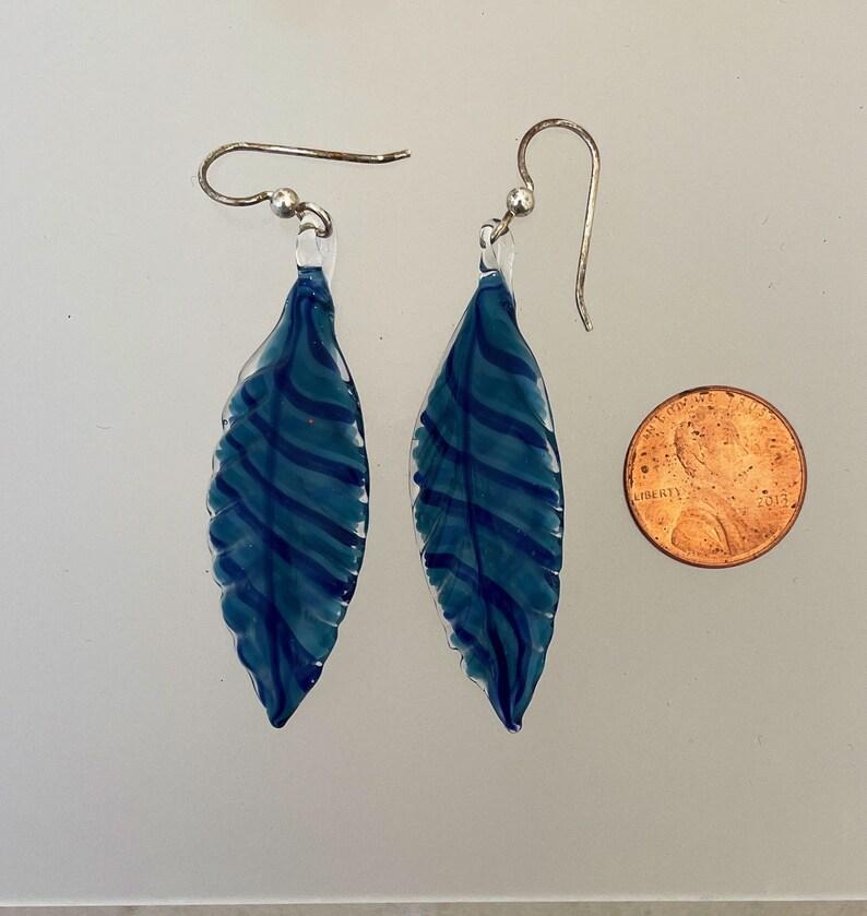 Glass Feather Earring Deep blue