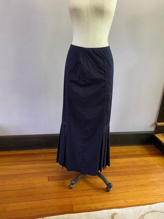 Vintage Prada Mermaid maxi skirt. Gorgeous pleats… - image 3