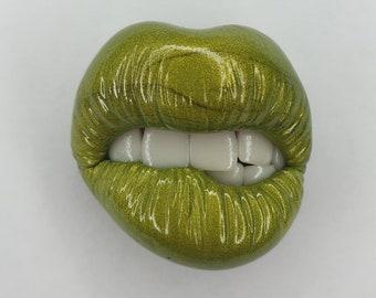 Green lips Polymer clay decor Elegant brooch Green metallic lips Polymer clay brooch Green brooch Lips brooch Polymer clay pin,Brooch