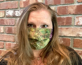 AUTUMNBERRY 2-Ply Batik Cotton Face Mask with Filter Pocket and Nose Wire