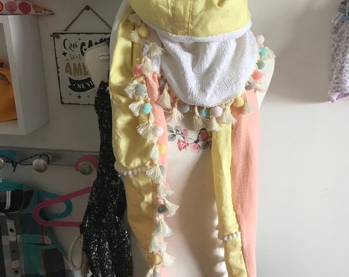 Featured listing image: ChÈCHES / scarves does everything / adults - children