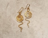 Gold wet wrought copper earrings, with spiral pattern