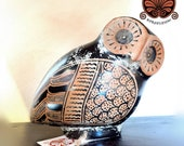 Reproduction vase aryballos in the shape of an owl. Height 13 cm, length 18 cm