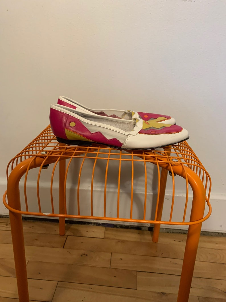 and orange design with cut-out mesh panels size 7 Vintage 80s white leather shoes with raspberry pink ochre yellow