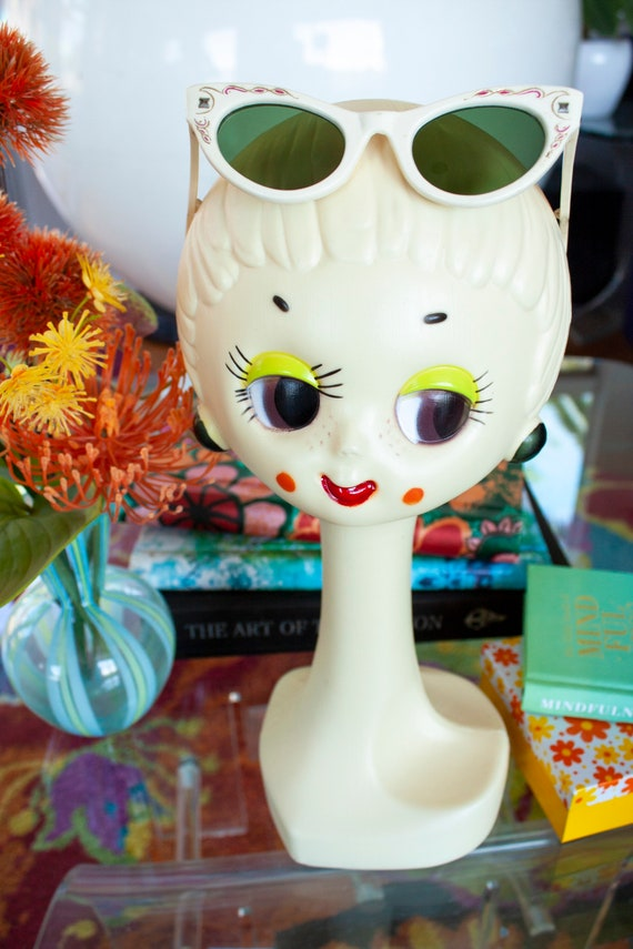 Vintage Rare 50's Cat Eye Sunglasses with Pink Det