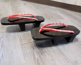 no2 Store closing SALE!RED /& Black lacquered Authentic GETA 24.5cm two teeth heel Paulownia kiri wooden clog japanese  flip flop