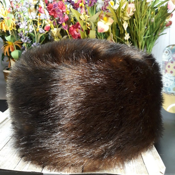 Russian Sable Faux Fur Pillbox Hat Donna Salyers W