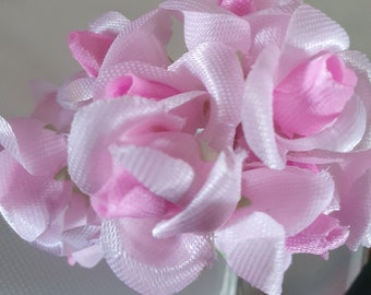 12 white and pink  flowers ideal for crafts,and decoration