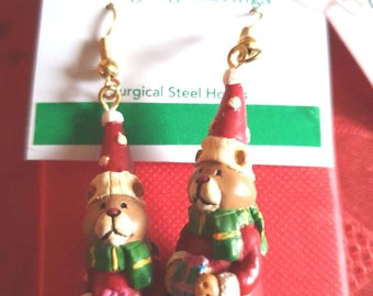 rare xmas russ berrie santa bear earrings, ideal gift novelty earrings new vintage