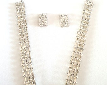 silver rhinestone set necklace and earrings stunning jewellery set gift boxed