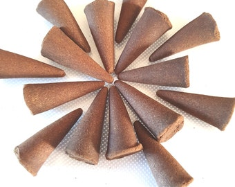 cinnamon hand moulded hand mixed cones  15, hand made in uk cinnamom long lasting scent cones