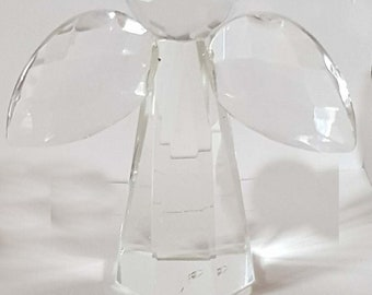 crystal angel 3d in gift box approx 7cm height 5cm wide 3 cm depth